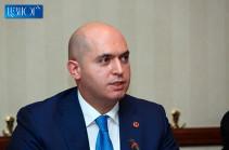 «Մտքովդ չանցնի, որ պետութունն ու ժողովուրդը վճարելու են քո ճակատագրական սխալների գինը». Աշոտյանը՝ վարչապետին