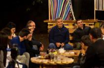 «Երիտասարդության ուժը» խորագրով եռօրյա ճամբարին մասնակցում է նաև կուսակցության նախագահ Արթուր Վանեցյանը