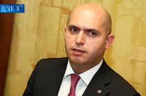 Пашинян фактически не опровергает, а подтверждает раскрытую азербайджанцами информацию о теневых сделках между ним и Алиевым – Армен Ашотян