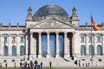 Германия призывает Баку и Ереван обеспечить доступ гуманитарным организациям в Карабах