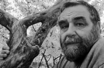 Կյանքից հեռացել է անվանի լուսանկարիչ Վահան Քոչարը