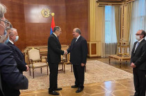Russia's FM meets with Armenia's President