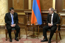 Armenia's PM meets Artsakh president, discusses further steps to restore life in Artsakh