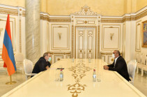 Armenia's PM launches series of meetings with businessmen (photos)