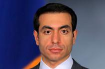 Заместитель бывшего министра обороны Макар Гамбарян написал заявление об отставке