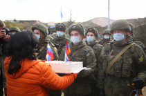 Stepanakert mayor congratulates Russian peacekeepers on Day of Peacekeepers (photos)