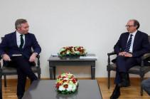 Ֆրանսիայի ԱԳ պետքարտուղարի հետ հանդիպմանն Արա Այվազյանը կարևորել է Արցախի ժողովրդի ինքնորոշման իրավունքի ճանաչումը