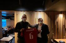 ՀՖՖ նախագահ Արմեն Մելիքբեկյանը հանդիպել է Յուրի Ջորկաեֆֆի հետ
