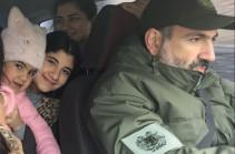 В последние месяцы, тем более с начала войны и до сих пор, никто из членов моей семьи не уезжал из Армении – Никол Пашинян (Видео)