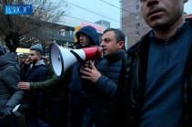 Никол Пашинян даже траур использует в своих политических целях – Ишхан Сагателян