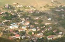 Жители села Мец Шен Шушинского района покинули свои дома, в селе остался только руководитель общины, а Хин Шен – в азербайджанском окружении