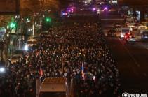 Факельное шествие к пантеону «Ераблур» (Фото)
