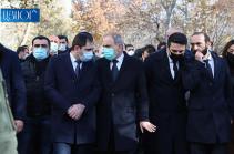 Власть неспособна управлять государством, не может нести ответственность за Родину и должна немедленно подать в отставку – отставные генералы ВС Армении