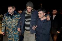 70 օր անհայտության մեջ գտնվող ժամկետային 6 զինծառայողները քիչ առաջ վերադարձան Հայրենիք (Լուսանկարներ, տեսանյութ)