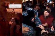 Երեկ ակցիայի ժամանակ ոստիկանը կոտրել է ոտքը. 32-ամյա բնակիչը ձերբակալվել է (տեսանյութ)