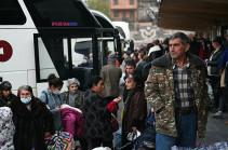 В Карабах за сутки вернулись 840 беженцев из Армении