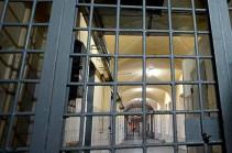«Արթիկ» քրեակատարողական հիմնարկի դատապարտյալին մեղադրանք է առաջադրվել՝ նույն հիմնարկի երկու աշխատակցի նկատմամբ սպանության փորձ կատարելու համար