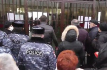 ՊՆ վարչական տարածք ավտոմեքենայով մուտք գործած անհետ կորած զինվորի հորը դեռևս մեղադրանք չի առաջադրվել. Պաշտպան