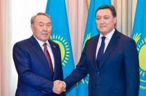 Назарбаев хочет, чтобы премьером Казахстана остался Мамин