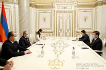Հայ-ղազախական տնտեսական կապերը զարգացման լավ նախադրյալներ ունեն. վարչապետը հրաժեշտի հանդիպում է ունեցել դեսպանի հետ
