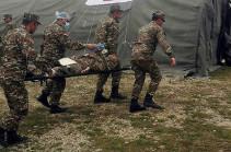 Հակառակորդի կրակի տակ առաջին բուժօգնություն են ցուցաբերել և տարհանել բազմաթիվ վիրավորների. ՊԲ-ն նոր հերոսների է ներկայացրել
