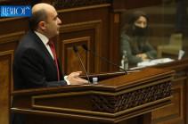 Մեր եղբայրներն ու քույրերը ադրբեջանական բանտերում են, ինչպե՞ս գնալ նրանց տներ, նախընտրական բուկլետ տալ. Մարուքյան