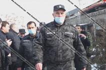 В Ереване мужчина взял в заложники своего трехлетнего сына
