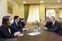 Ռուստամ Բադասյանը Բելառուսի դեսպանի հետ քննարկել է հակակոռուպցիոն պայքարին առնչվող մի շարք հարցեր