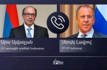 Главы МИД Армении и России обсудили ход реализации договоренностей по Карабаху