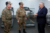 Армения проводит реформу армии после боев в Карабахе, переходит на новое вооружение
