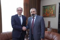 Բանակցային գործընթացում առանցքային շարունակում են մնալ արցախահայության իրավունքների վերականգնումը. հանդիպել են Հայաստանի ու Արցախի ԱԳ նախարարները