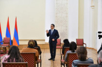 Ադրբեջանի իշխանությունները քաղաքական շահարկման առարկա են դարձնում գերիների ու անհետ կորածների որոնման հարցերը. Թաթոյան