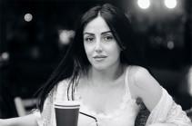 «Ազնիվ մարդ էր, նվիրված ընկեր, տաղանդավոր գրող, արժանավոր հայ». երեկ վթարից մահացած աղջիկը եվրատեսիլյան «Boom, boom»-ի և Սևակ Խանաղյանի «Արցախ» երգի խոսքերի հեղինակն էր