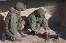 Российские миротворцы продолжают уничтожение взрывоопасных предметов, обнаруженных в Нагорном Карабахе