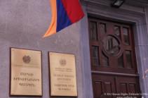 Омбудсмен Армении встретился в Гюмри с семьями удерживаемых в плену в Азербайджане военнослужащих