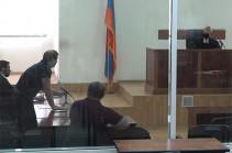 Роберт Кочарян и Армен Геворкян не явились в суд, заседание отложено