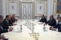 Пашинян заявил об антиармянской вакханалии Баку, Лавров указал на приверженность РФ обеспечивать безопасность Армении (Видео)