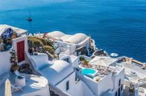 Հունաստանը սահմանները բացել է զբոսաշրջիկների համար
