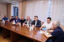 Если бы нынешние власти ушли до назначения выборов, не было бы случаев захвата врагом  стратегических высот Сюника и Гегаркуника – офицеры запаса СНБ