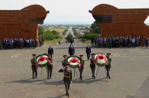 Armenia marks the Day of Republic, political leadership visits Sardarapat memorial complex