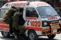 При нападении на автобус в Пакистане погиб человек
