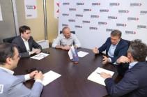 Роберт Кочарян встретился с экс-премьером Армении Кареном Карапетяном