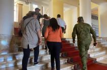 Relatives of missing servicemen meet Armenia's acting PM