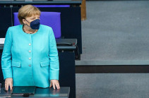Merkel says no consensus in EU over summit with Russia