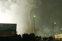 Czech Republic: Deadly tornado sweeps through villages