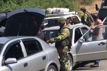 Российские миротворцы продолжают выполнять задачи обеспечения безопасность движения автотранспорта через Лачинский коридор