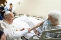 Папа Римский останется в больнице ещё несколько дней