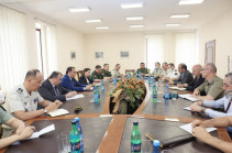 Ադրբեջանական զինուժի հետ մարտերը տեղի են ունեցել ՀՀ ինքնիշխան տարածքում. ՊՆ-ն ռազմական կցորդներին մանրամասներ է ներկայացրել