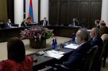 Հայաստանը դիտարկում է հայ-ադրբեջանական սահմանի ողջ երկայնքով ռուս սահմանապահների հենակետերի տեղակայման հարցը. ՌԴ-ի հետ քննարկում կլինի. Փաշինյան
