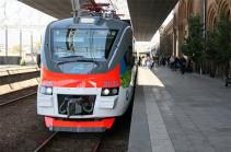 В День железнодорожника 1 августа проезд в пригородных электропоездах ЮКЖД будет бесплатным за исключением экспрессов Ереван-Гюмри